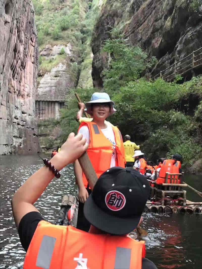 福州英诺电子科技有限公司全体员工赴泰宁大金湖旅游